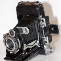 Из истории развития отечественной фотопромышленности.