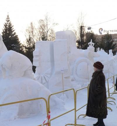 Снежные скульптуры в Новосибирске