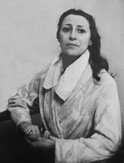 Портрет Майи Плисецкой.