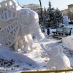 Фотографии на фестивале снежных скульптур в Новосибирске 2012 г.