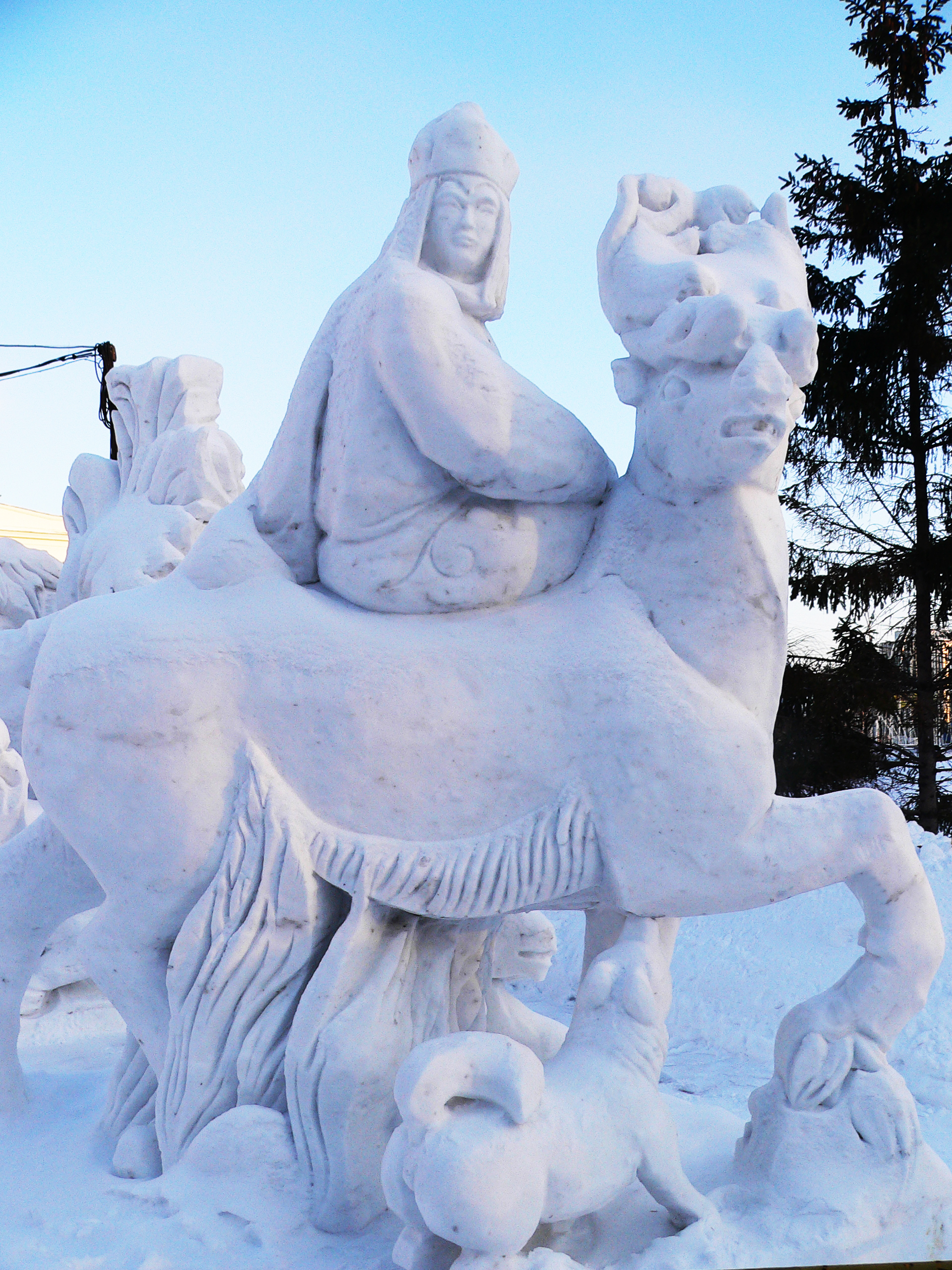 Снежная_скульптура_алтайской_царицы