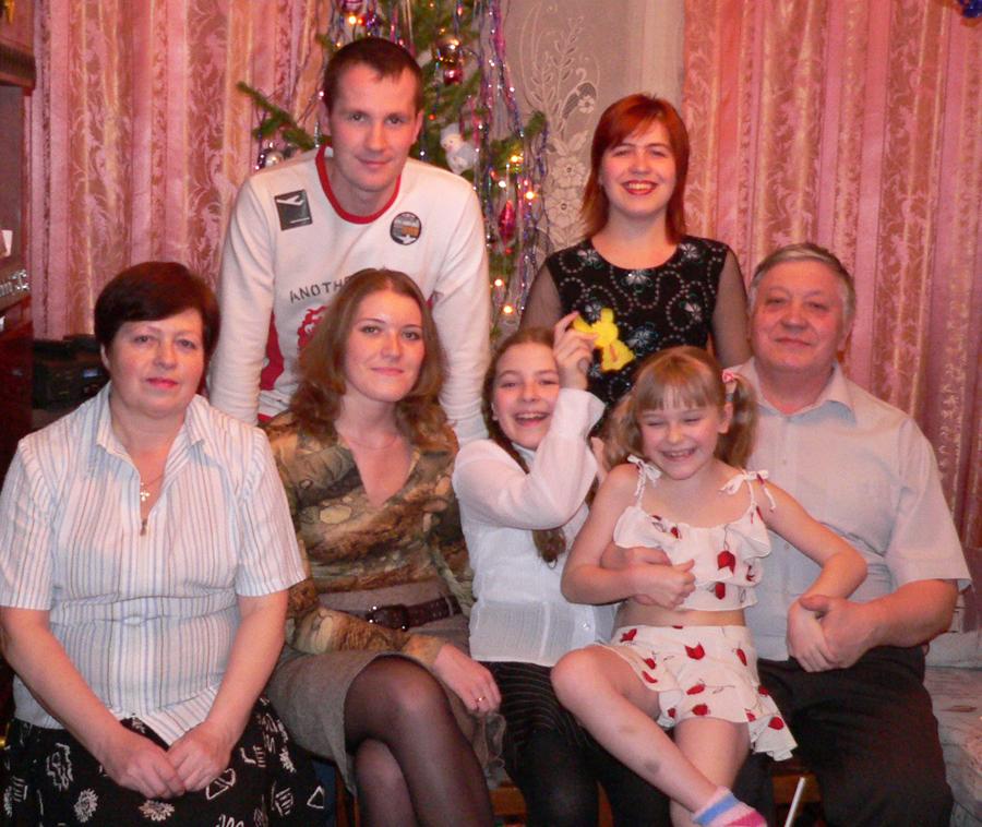 Фото-семьи-в-красных-тонах