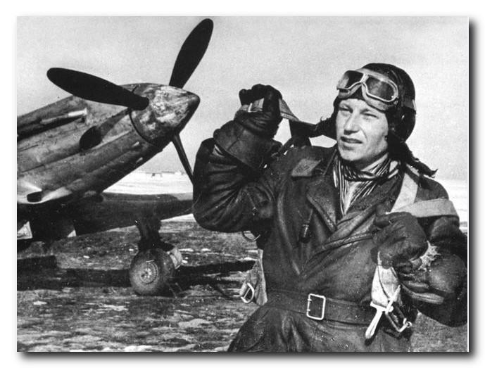 Фотография-А-И-Покрышкина-в годы-войны