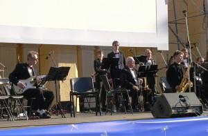 Photo-of-jazz-band-New-Kuznetzk