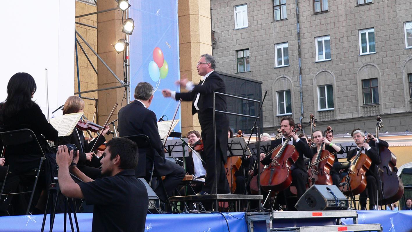 Фестиваль-в-Новосибирске-симфонический-оркестр