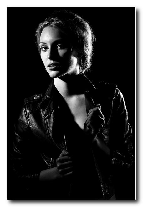 Освещение-при-съемке-портрета-боковой-свет