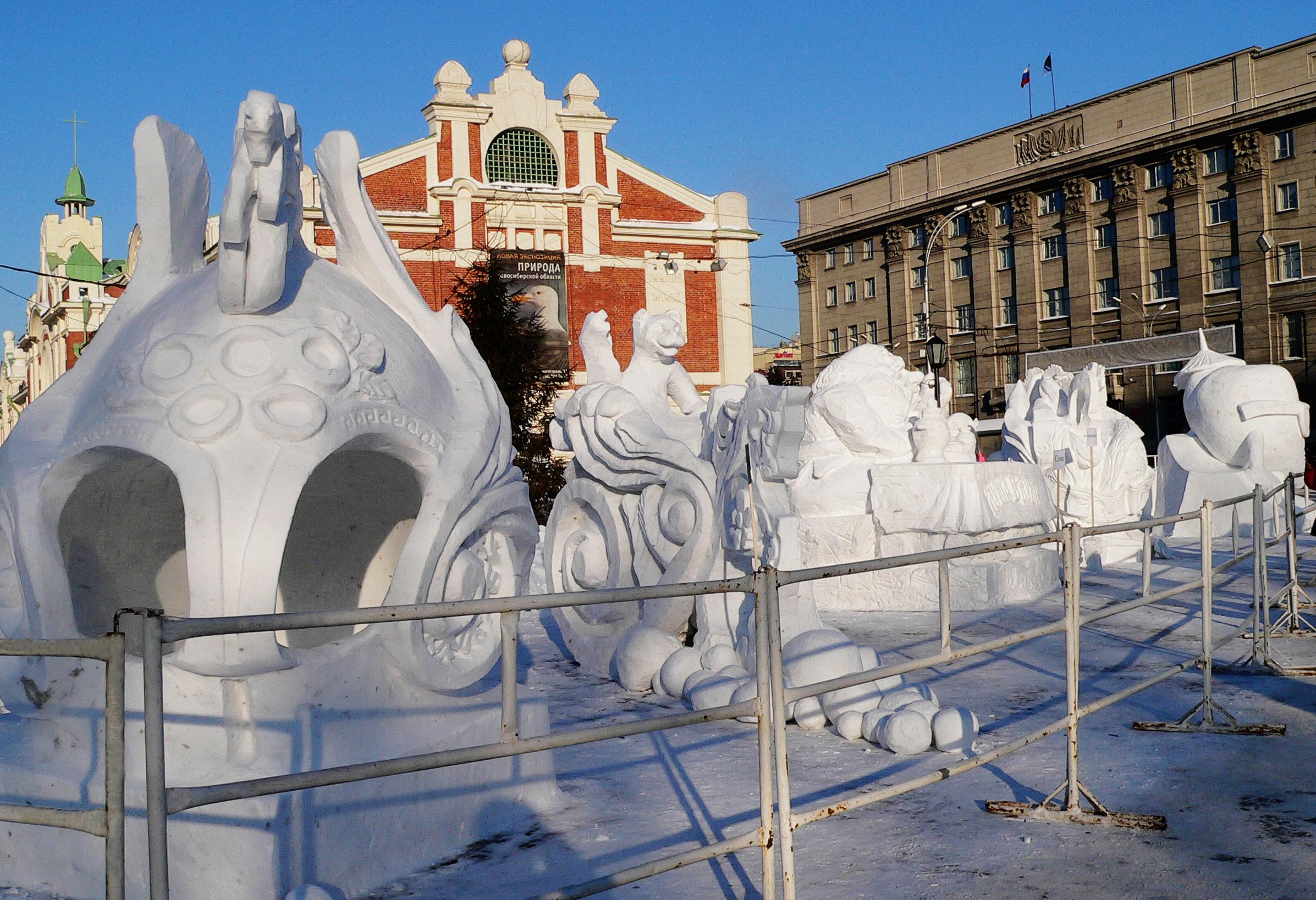 Фестиваль-снежных-скульптур-в-Новосибирске-2014