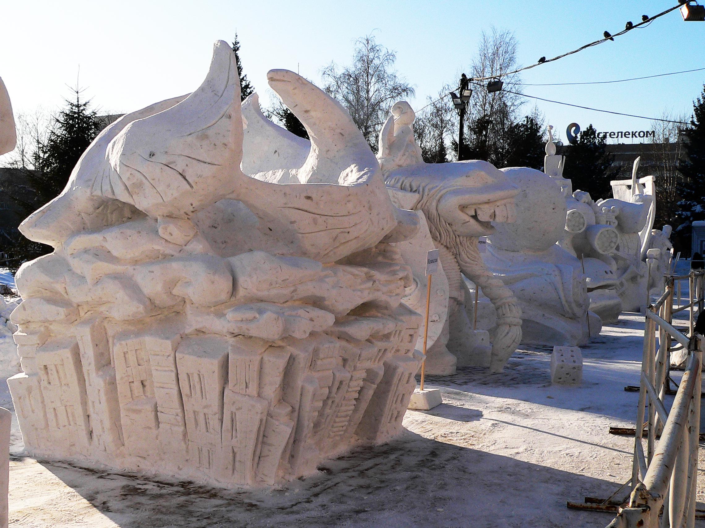 Фестиваль-снежной-скульптуры-в-Сибири-Новосибирск-2014