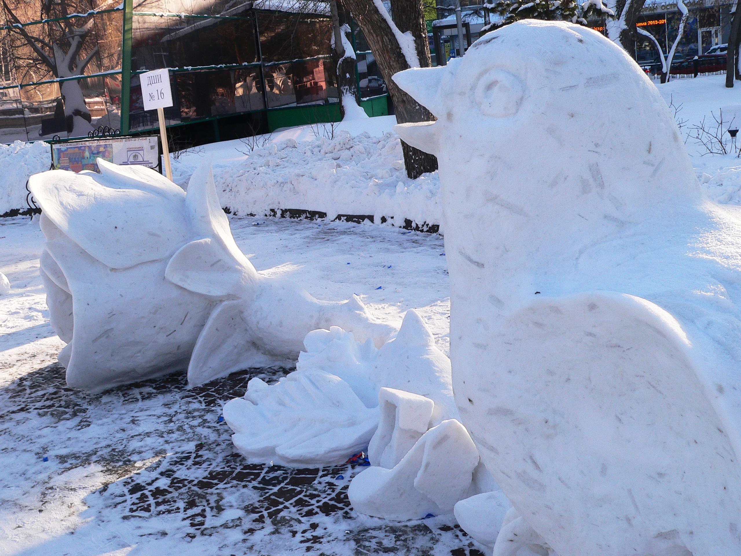 Фестиваль-снежных-скульптур-Соловей-и-роза