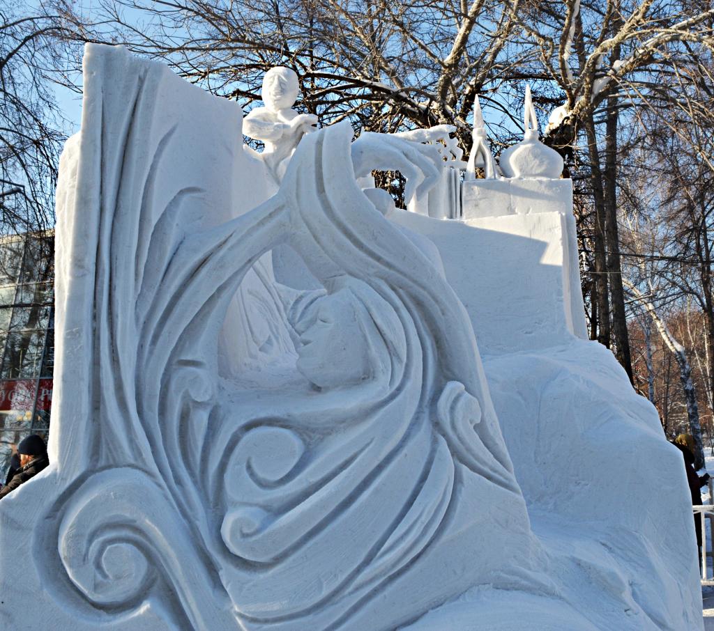 Фотография снежной скульптуры Летопись Новониколаевск 2018_1