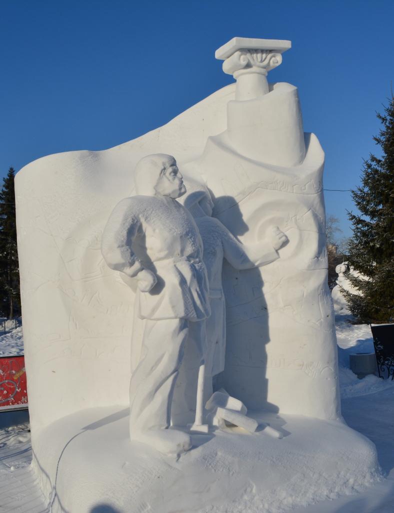 Фотография-снежной-скульптуры-2019-Нормальные-декорации
